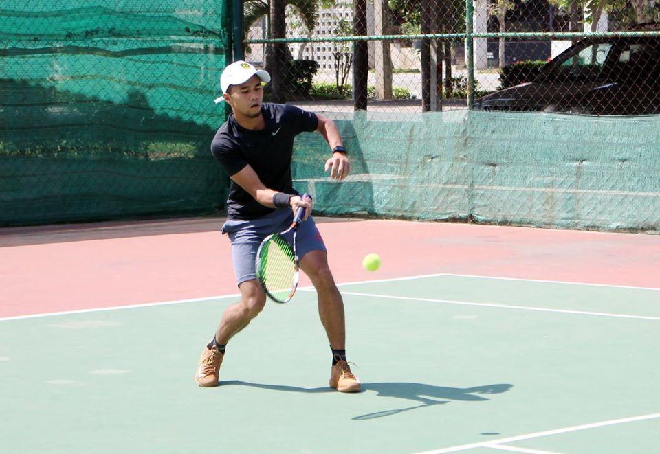 Thierry Neou, également joueur de tennis