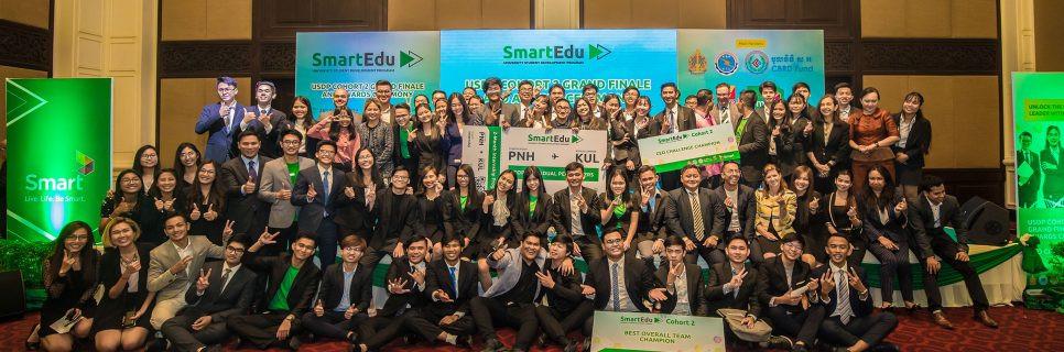 Smart Axiata récompense les meilleurs « esprits numériques » du Cambodge