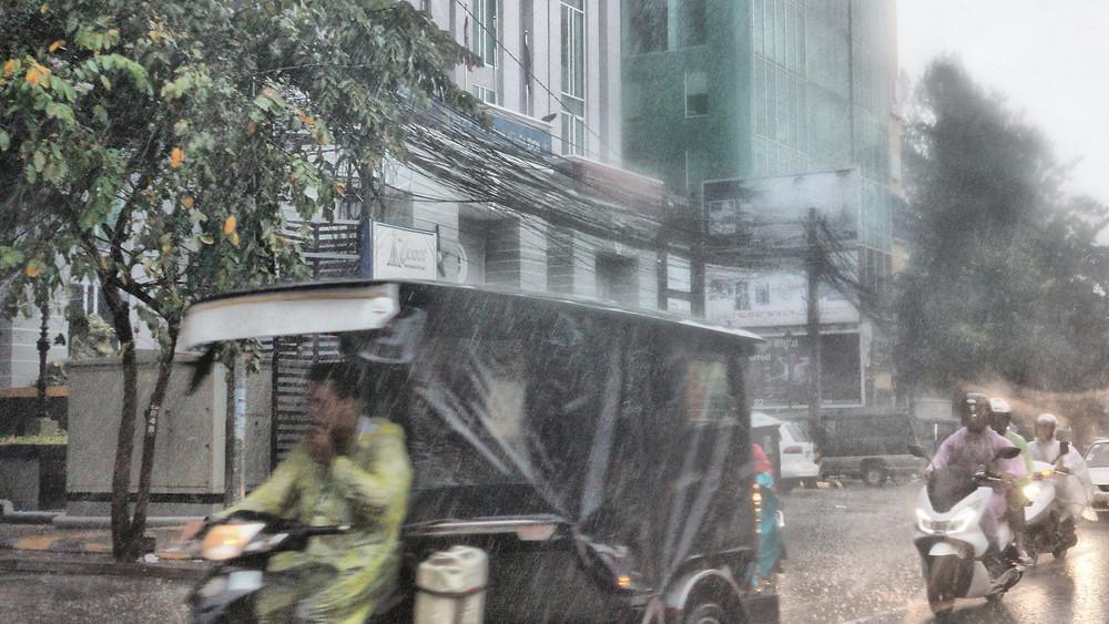 Phnom Penh sous les eaux. Photographie Christophe Gargiulo
