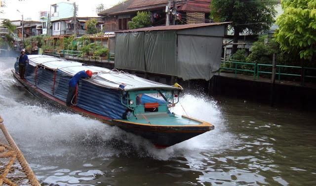 Transport fluvial à Bangkok