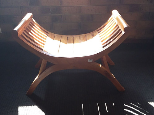 Yu yu chair