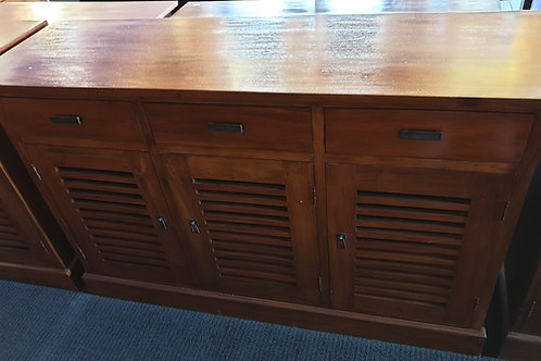 3 Doors and 3 drawers buffet