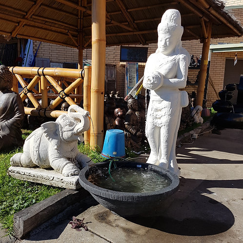 WATER FEATURE STANDING LADY WITH POT