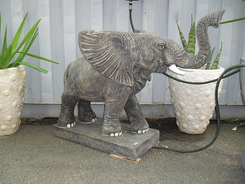 WATER FEATURE ELEPHANT STANDING