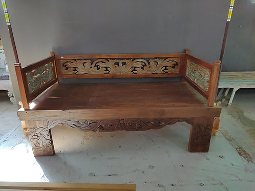 King size day bed