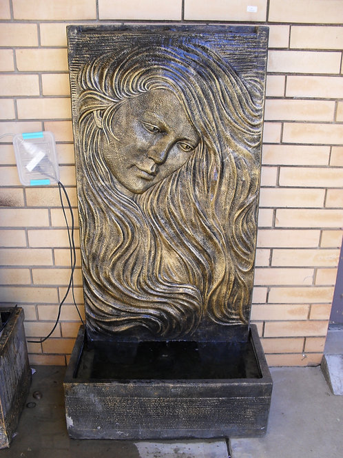 WATER FEATURE LADY