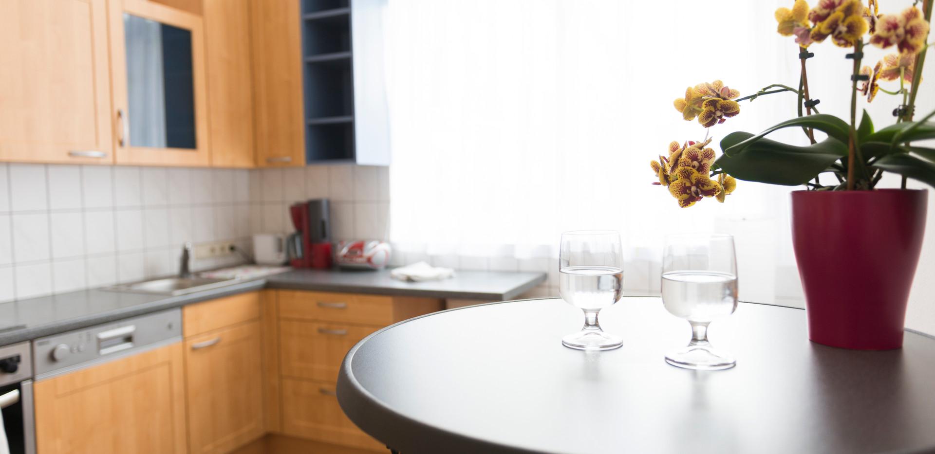 Küche mit Blume
