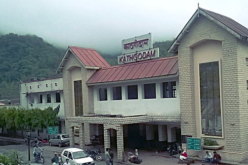 Best Good resort lake view hotel in Bhimtal Nainital