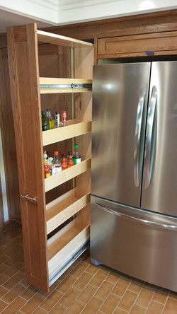 Pantry full space pull out