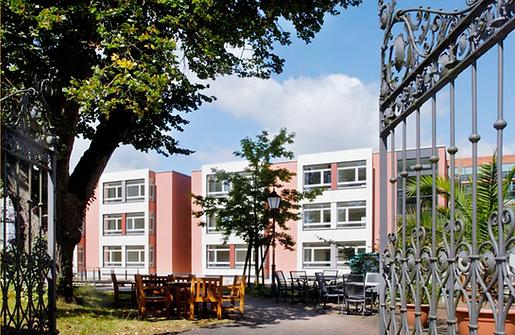 Fürstliches Altenpflegeheim