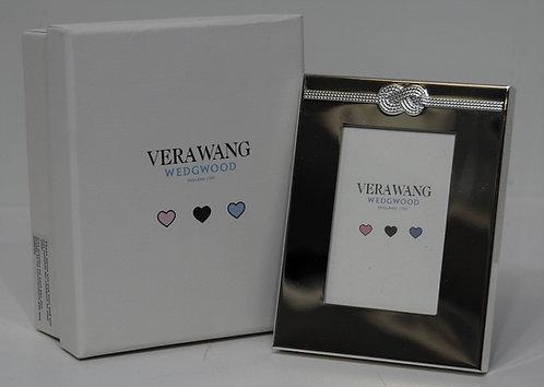 Vera Wang Infinity Frame