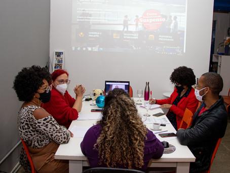 Professores do Igualando Oportunidades se reúnem para retomada do curso em versão EAD