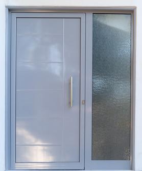 Πόρτα αλουμινίου