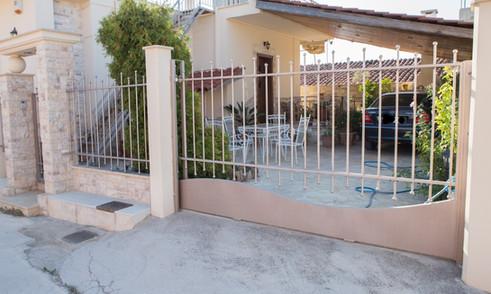 Πόρτα συρόμενη μασίφ