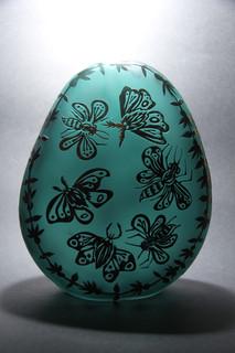 15 - Egg sculpture, 2nd side