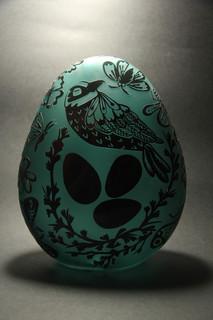 15 - Egg sculpture