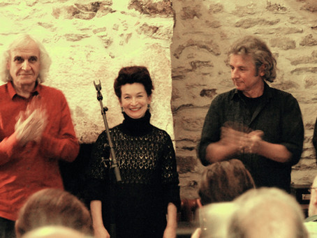 Soixante dix personnes  chez Max pour  «Brocéliande  et autres poèmes» d'Aragon