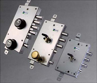 sostituzione serrature torino.jpg