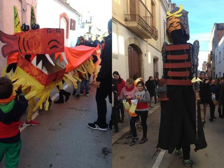 Els Xiroi fan ballar els nous gegantó i drac xinés