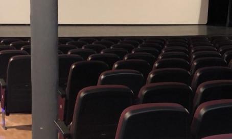 Noves butaques per a la Sala de teatre i cinema Bell-Lloc