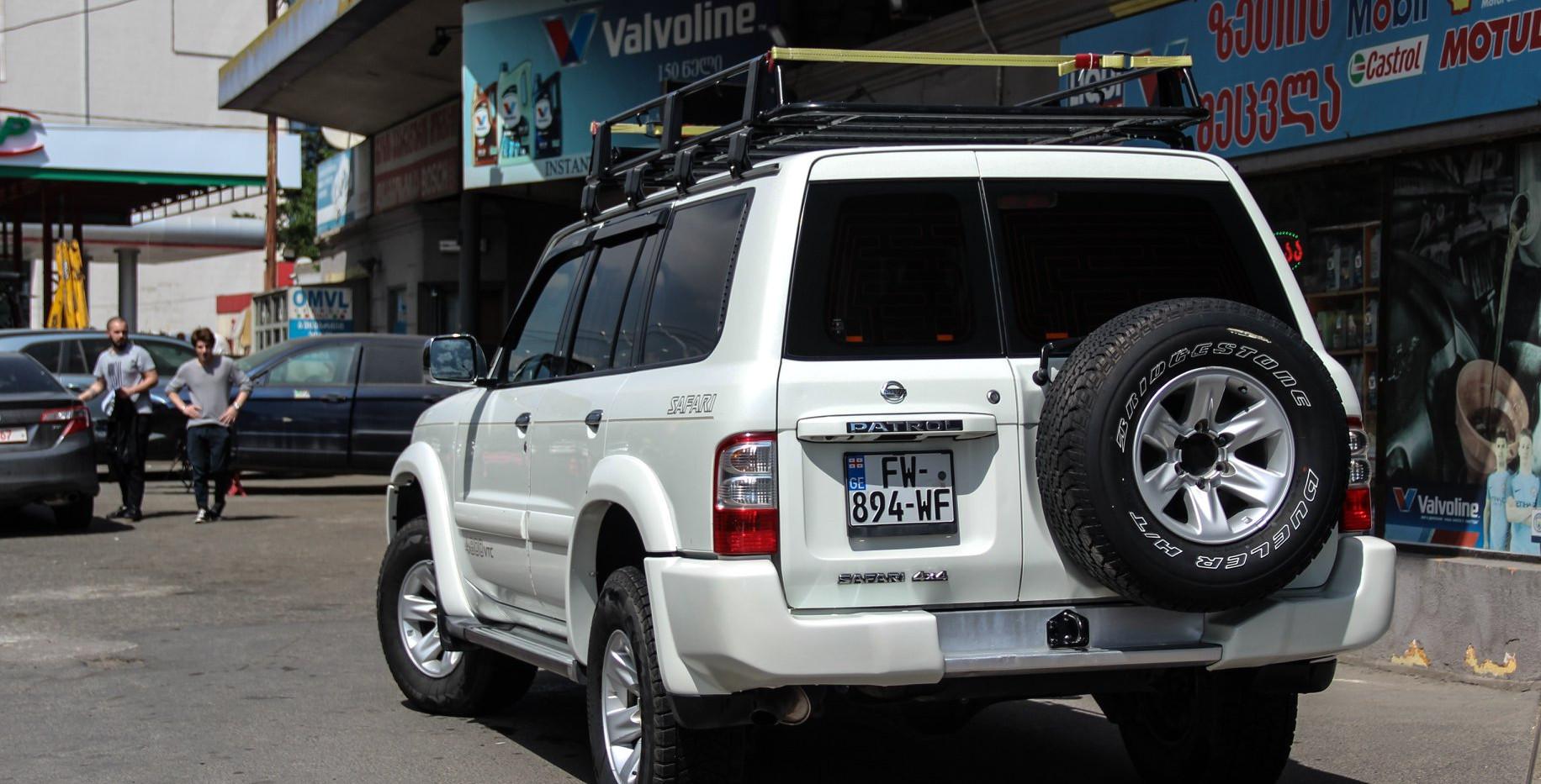 Nissan Patrol Safari 4.8