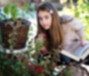 little-girl-3070211__340 (1).jpg
