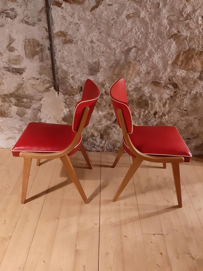 Chaises en skai rouge