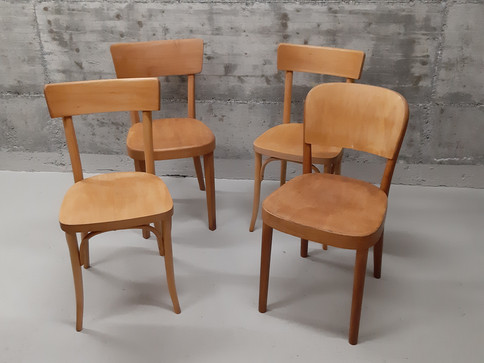 Chaises bistrot vintage