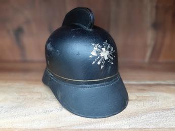 Ancien casque de pompier-électricien