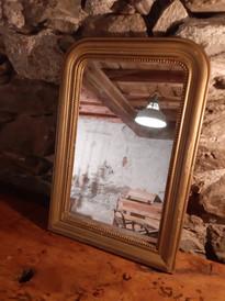 Miroir vintage perlé