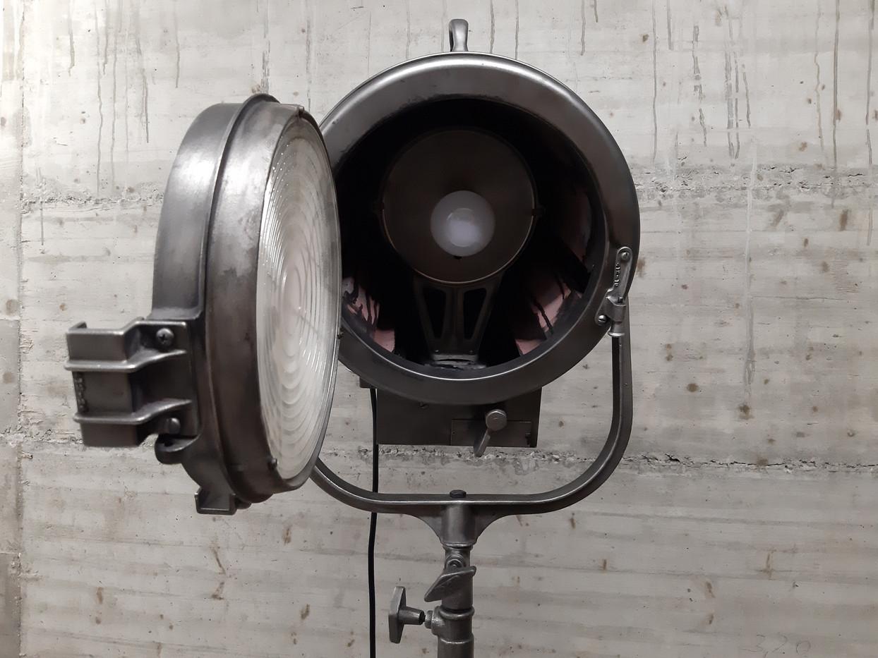 Projecteur Mole-Richardson