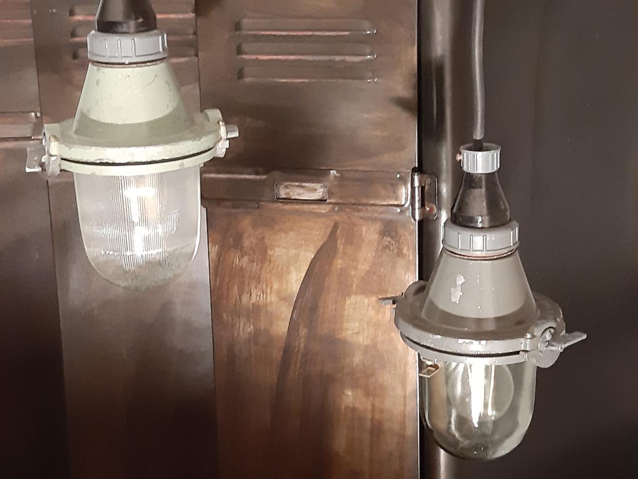 Suspensions métal et verre