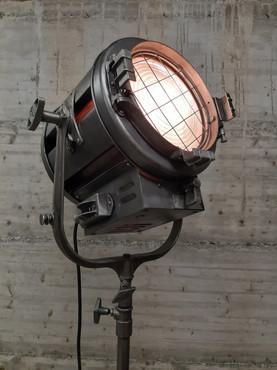 Projecteur de cinéma Mole-Richardson
