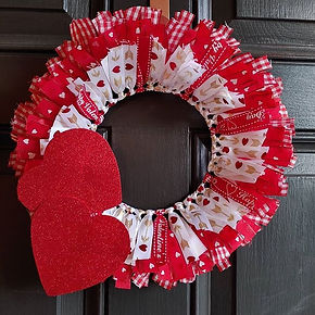 These cute little wreaths will be making