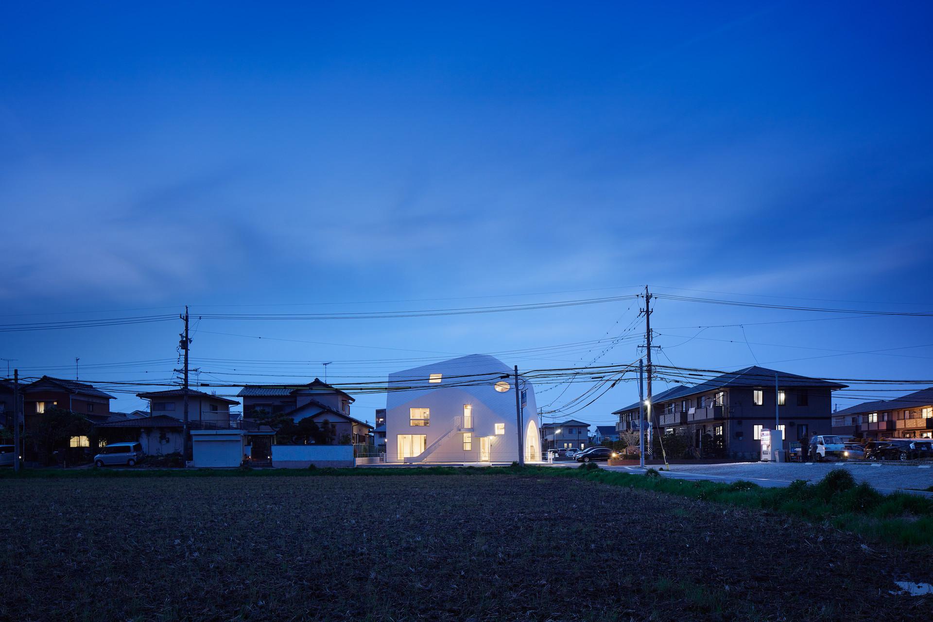 ©  Fuji Koji, Dan Honda