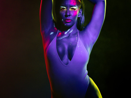 Neon Lights Session - Artistic Compose