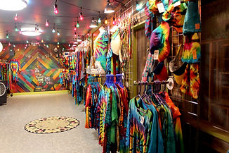 Howlin' Dyes Tie-Dye Shop
