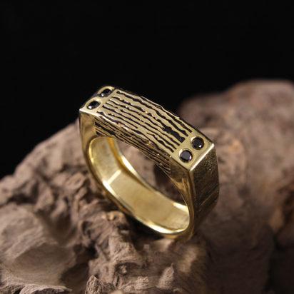 Square Wood Grain Ring