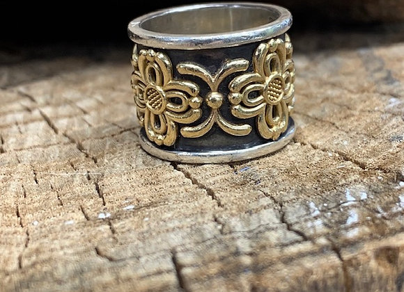 Filigree X and Flower Cigar Band