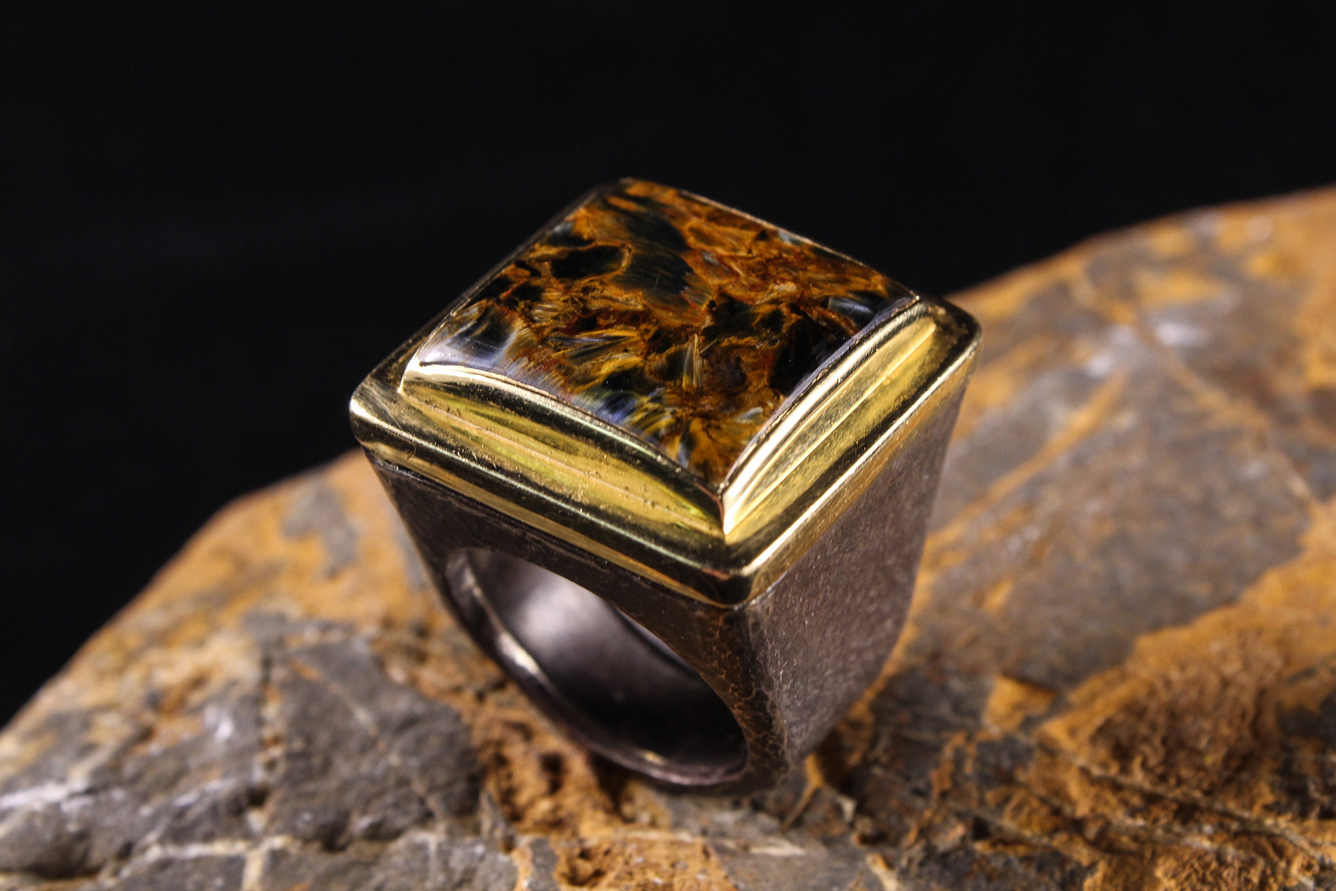 antique victorian rings gold store s tiger cameo tigers eye ring
