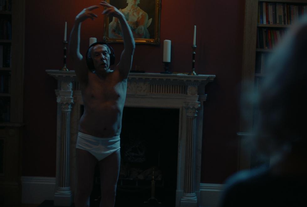 5.Erik naked dancing.png