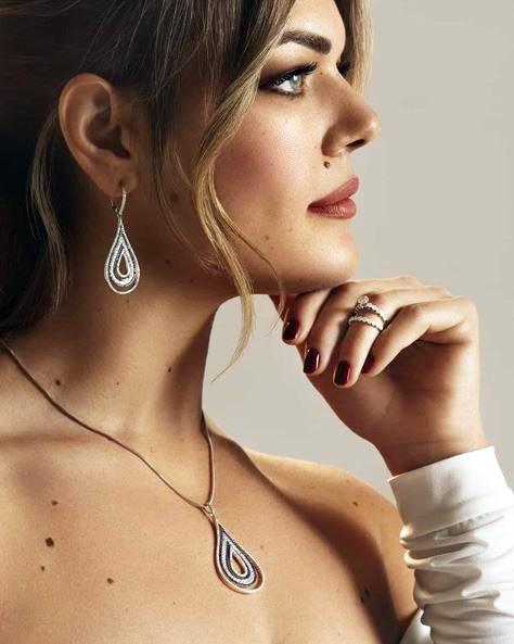 lewiko ogrlice