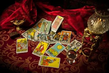 tarot card reading.PNG
