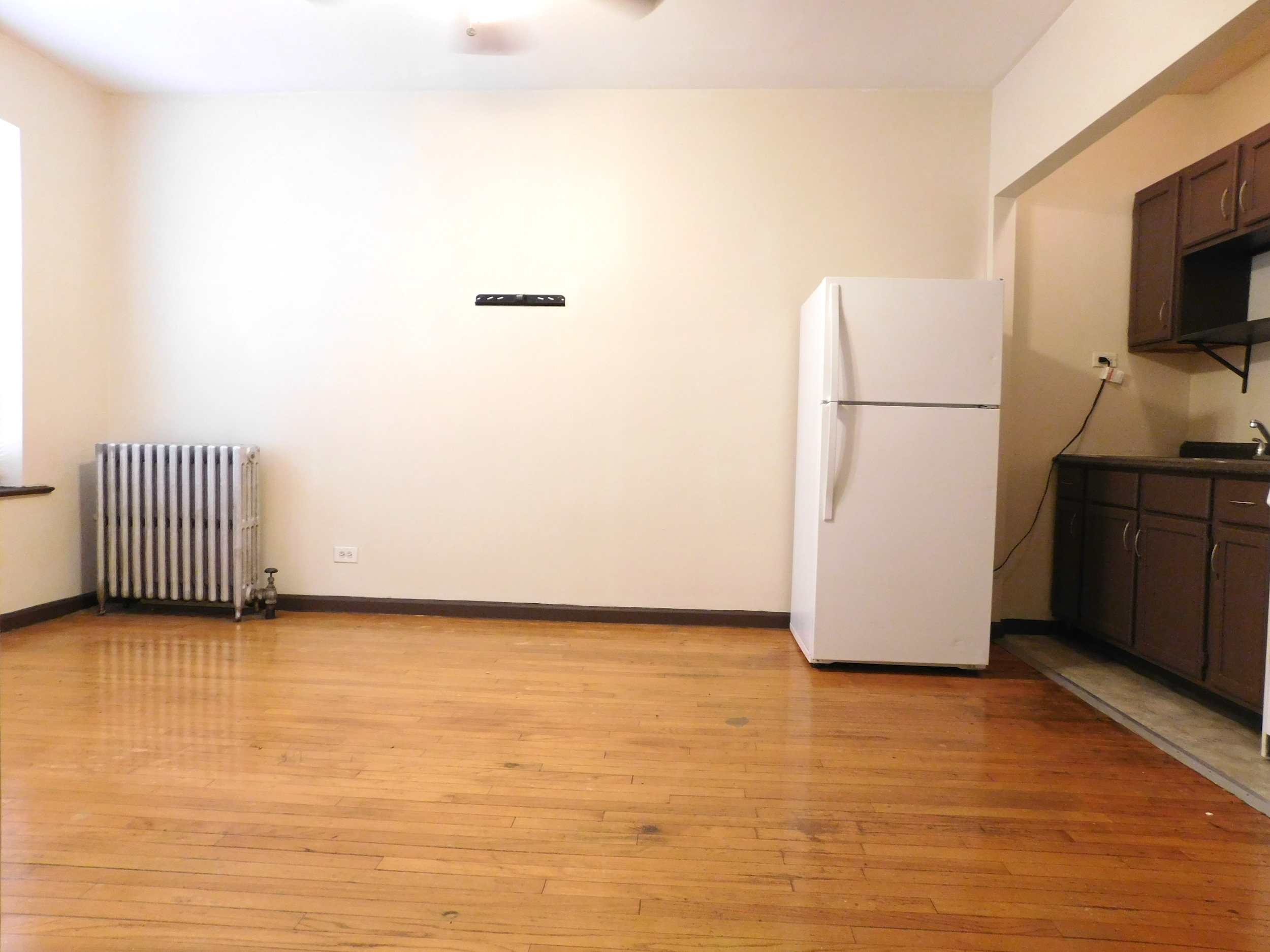 Living Room of Studio Apartment at 5412 W Ferdinand, Chicago 60644