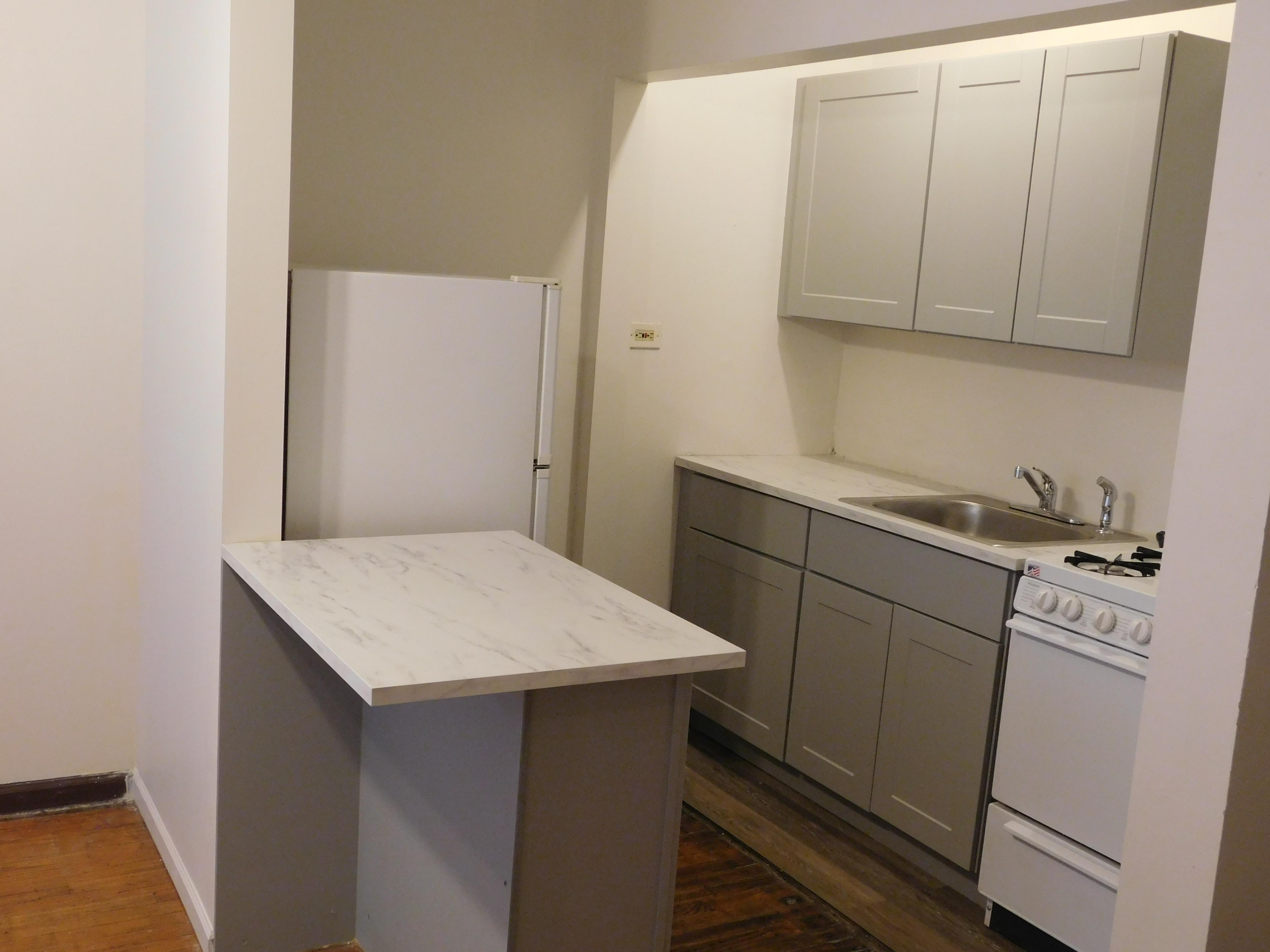 Studio apartment in Austin Chicago, 5412 W Ferdinand, Chicago IL 60644, Unit #8