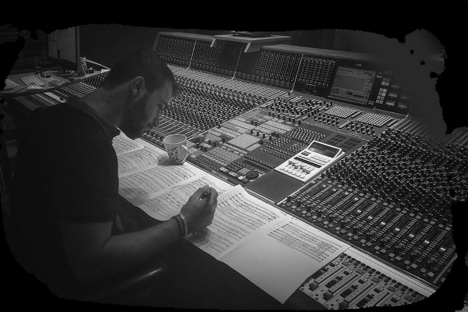 Jose Pavli checking Galactic Battles Score.