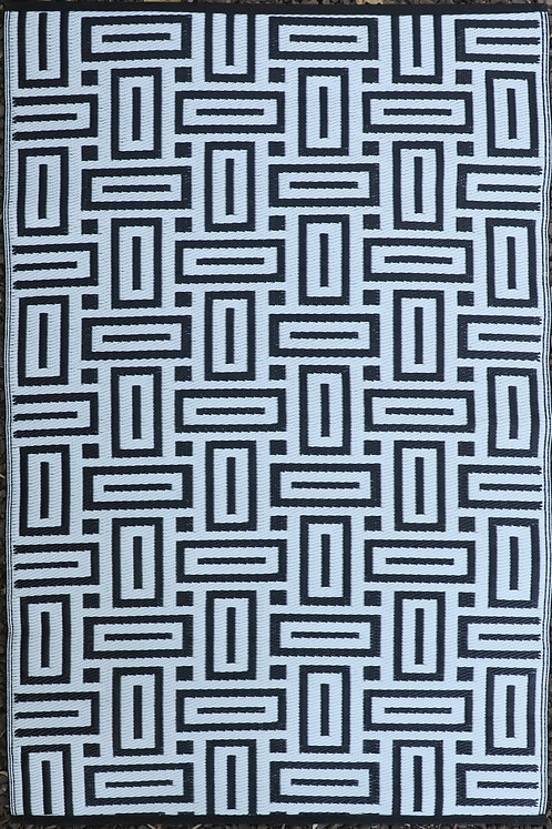 Matrix  Black & White Area Rug