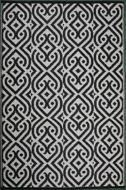 Diamond design  Black+White Area Rug