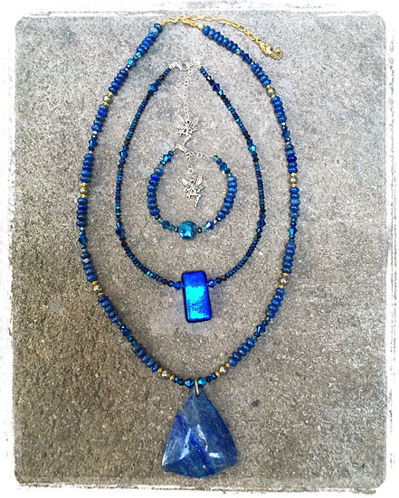 Electric Blue Fairy Bling Necklace
