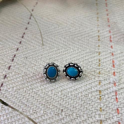 Small Vintage Post Earrings